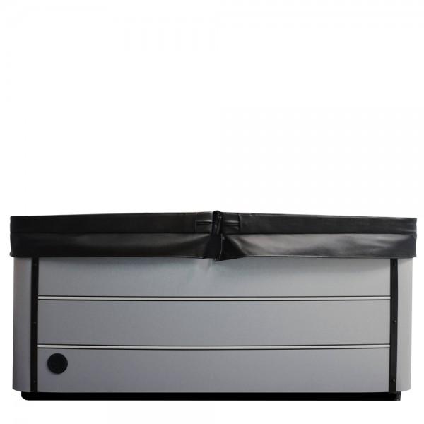 Coverlifter Flex mit geöffneter Whirlpoolabdeckung
