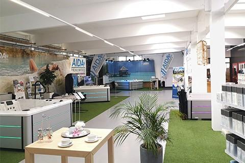 Ausstellung Outdoor Whirlpools | AIDA Whirlpools